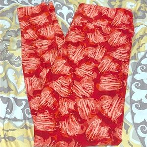 Red heart Lularoe leggings